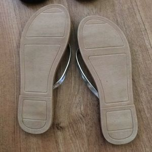 Old Navy Shoes - Old Navy Metallic Silver Sandals